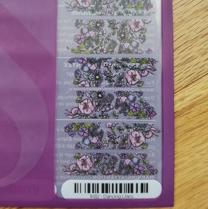 Dancing Lilacs Jamberry Nail wraps